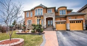 Detached Ravine in Brampton